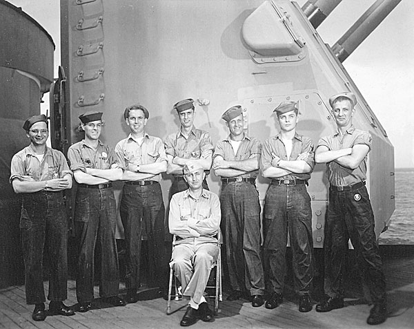 095 CIC Group C.S.Jones 2nd from right 1945