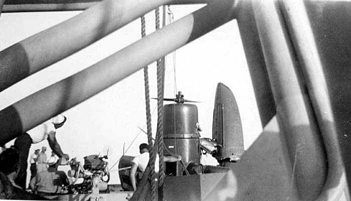 227 March 1946 Kingfisher brought aboard after plunge