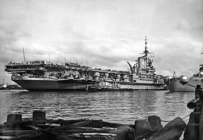 311 USS Midway alongside the Wisconsin