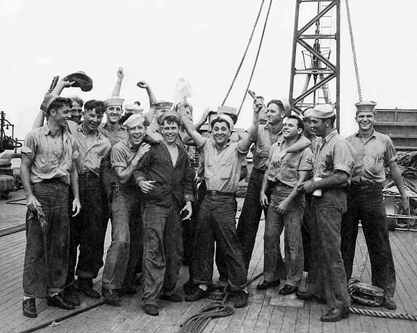 322 US Navy Photo