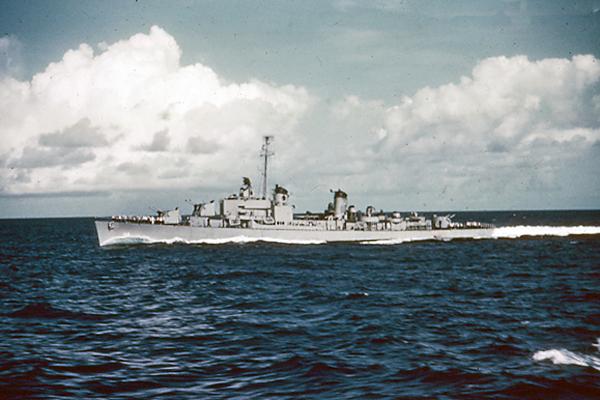 573 USS Noa (DD-841)