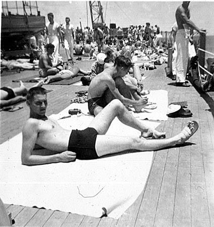 090 P.Bodnar  sunbathing