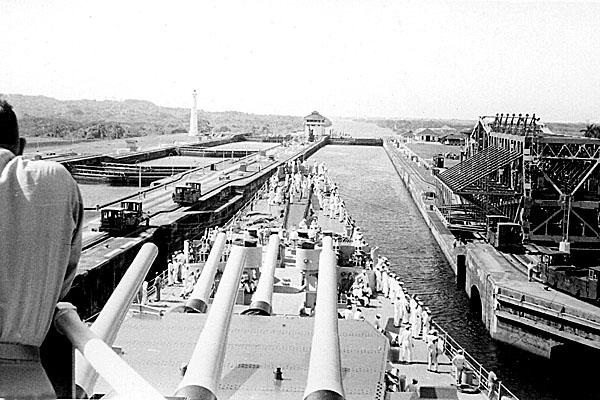 125 Panama Canal April 1952