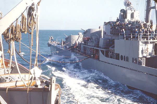 295 C.Vang Refuling Destroyer 12-21-53