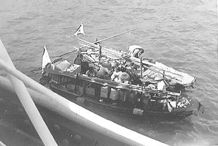404 R. Floyd  Mary Soos Garbage Boats,Hong Kong