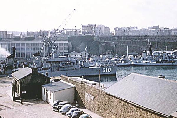 614  H.Miller USS Eaton