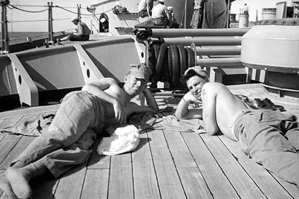 926 J.D.Thompson on left