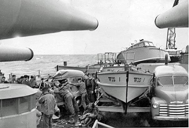 1030  Damage on Fantail 1952