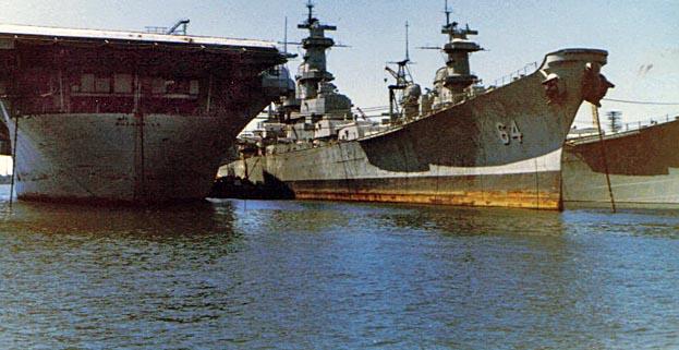 1049 USS Wiss 02