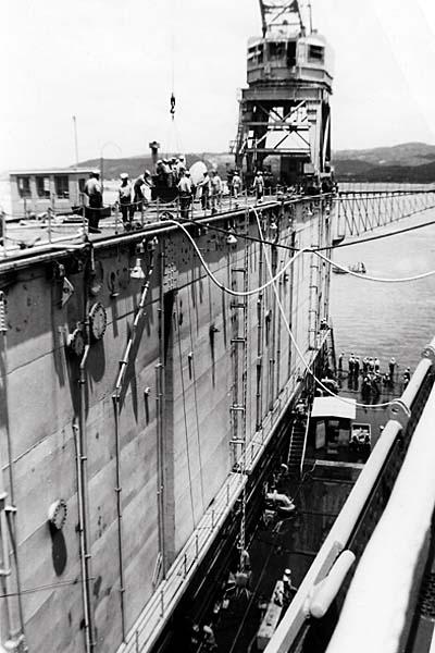 1122 Walz, T 1952 Guam Floating Dry Dock