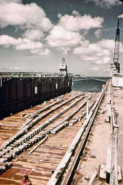 1157 Inside the dry dock.