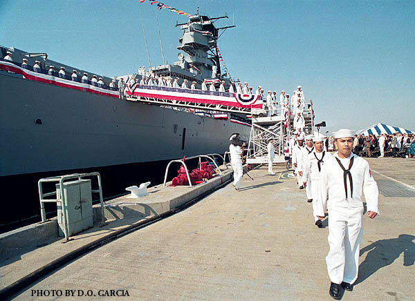 187 USS Wisconsin 933-7
