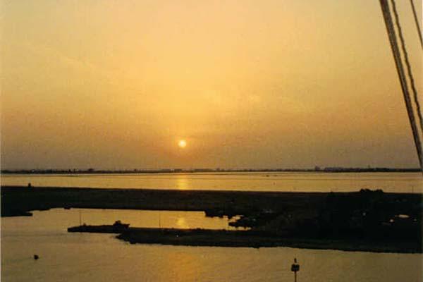 333 Sunset in Persian Gulf.2