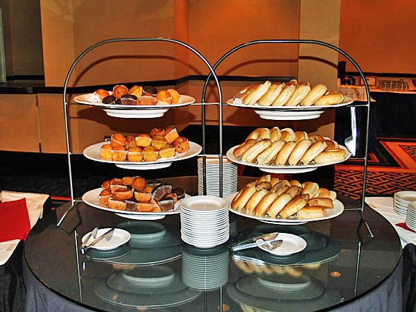 003 Breakfast