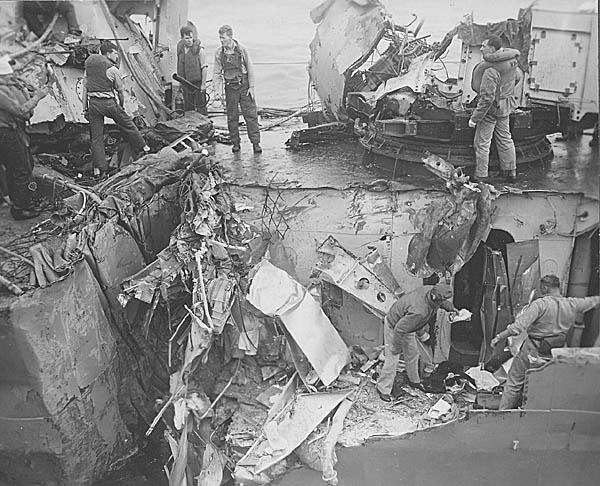 C 08 USS Eaton DDE-510 Collision.JPG