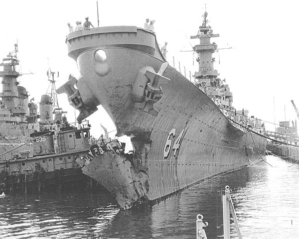 C 23 USS Wisconsin BB-64 Collision.JPG