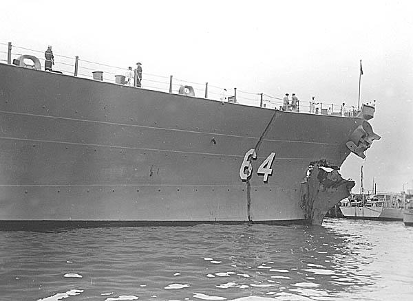 C 24 USS Wisconsin BB-64 Collision.JPG
