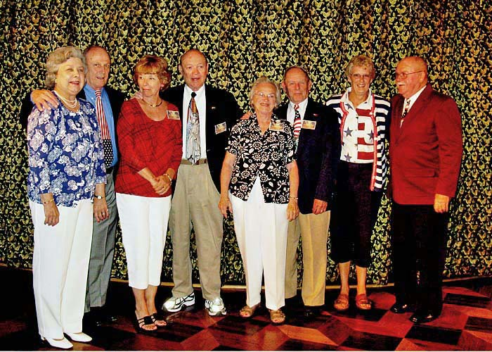 067 Wynn & Dave Buckis,  Vicki & Bud Fourney, Betty Ann & Ernie Peterson, Annie & Ron Scott