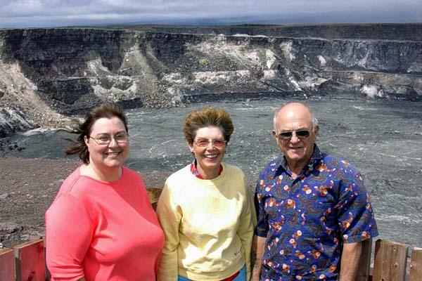 183 Susan, Ruth & John at Halemaumau Crater