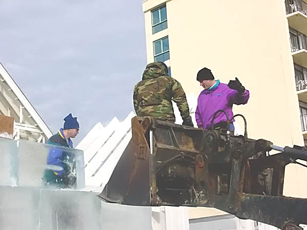 002 Frontloader ice