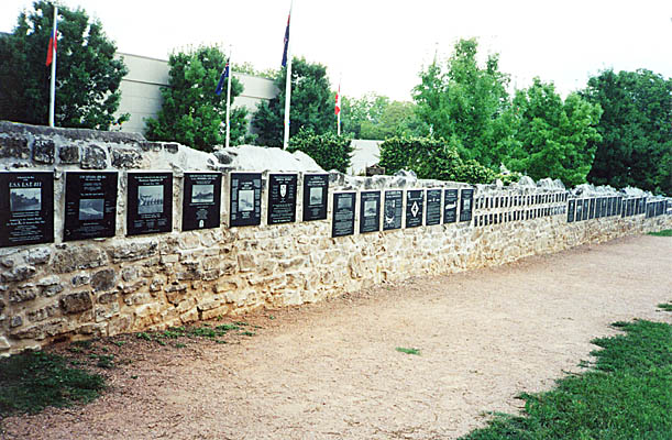 002 WALL OF HONOR TEXAS