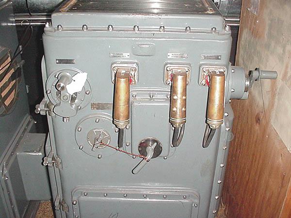 045 T. Dandes Fire control consol