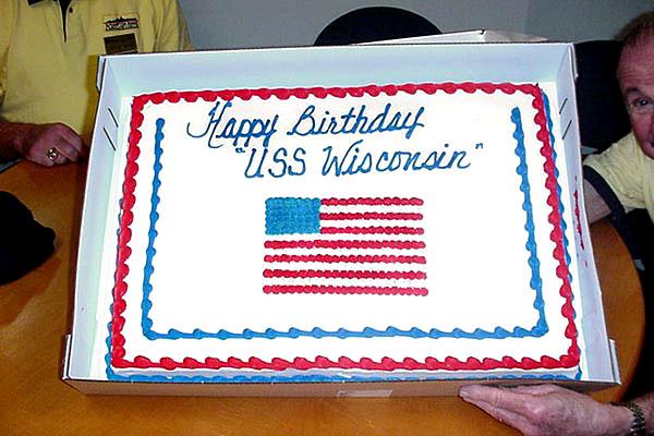 089  Docents Happy Birthday Wisconsin
